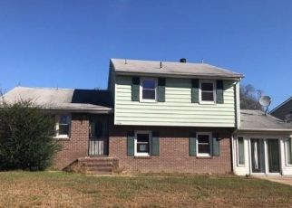 Foreclosed Home in Petersburg 23803 WINTERBOURNE DR - Property ID: 4316520324