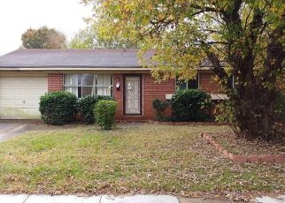 Foreclosed Home in Norfolk 23518 E LITTLE CREEK RD - Property ID: 4316592147
