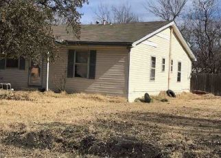 Foreclosed Home in Celeste 75423 N 6TH ST - Property ID: 4316596986