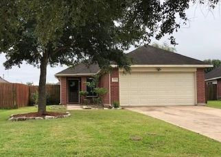 Foreclosed Home in Richmond 77469 MOSSY POINT CT - Property ID: 4316610106