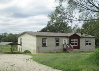Foreclosed Home in Fredericksburg 78624 MORRIS RANCH RD - Property ID: 4316612299