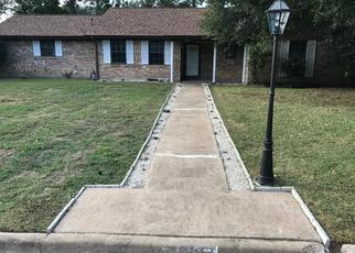 Foreclosed Home in Hearne 77859 ANDERSON ST - Property ID: 4316652155