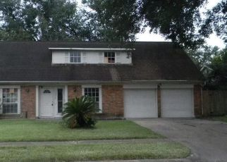 Foreclosed Home in Houston 77088 MOSHER LN - Property ID: 4316654346