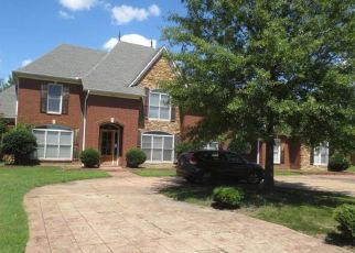 Foreclosed Home in Collierville 38017 RIDGE PEAKS DR - Property ID: 4316663551
