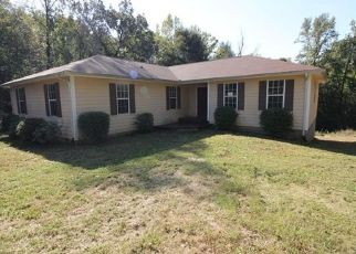 Foreclosed Home in Clarksville 37040 WEST RD - Property ID: 4316677568