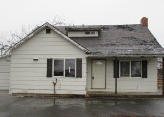 Foreclosed Home in Klamath Falls 97603 MILLER ISLAND RD - Property ID: 4316707341