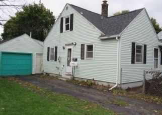 Foreclosed Home in Rochester 14626 ALCOTT RD - Property ID: 4316800634