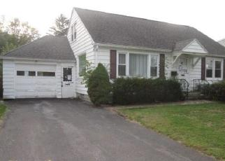 Foreclosed Home in Liverpool 13088 4TH ST - Property ID: 4316807197