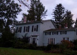 Foreclosed Home in Skaneateles 13152 W LAKE RD - Property ID: 4316811138
