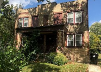 Foreclosed Home in Saint Louis 63130 CHAMBERLAIN AVE - Property ID: 4316861516