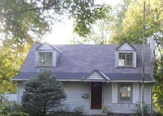 Foreclosed Home in Grandview 64030 GRANDVIEW RD - Property ID: 4316877722