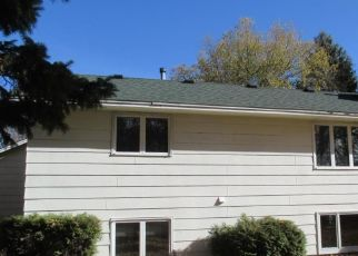 Foreclosed Home in Circle Pines 55014 W GOLDEN LAKE RD - Property ID: 4316905756