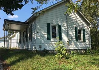 Foreclosed Home in Mount Sterling 40353 RICHMOND AVE - Property ID: 4316996407