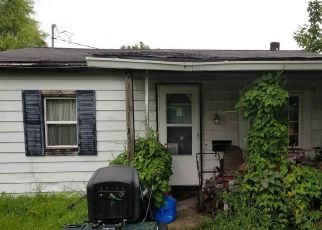 Foreclosed Home in Tipton 46072 OAK ST - Property ID: 4317051592