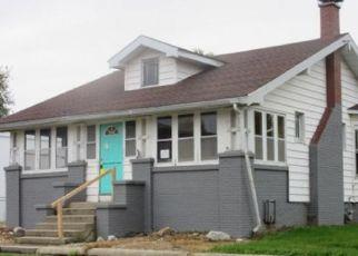 Foreclosed Home in Weldon 61882 OAK ST - Property ID: 4317067357