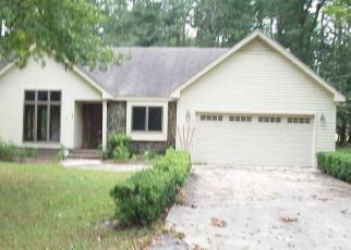 Foreclosed Home in Loris 29569 FOREST DR - Property ID: 4317353353