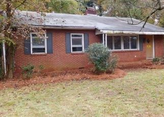 Foreclosed Home in Charlotte 28208 GARRINGER PL - Property ID: 4317355998