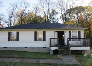 Foreclosed Home in Kinsale 22488 GARDYS MILL RD - Property ID: 4317409417