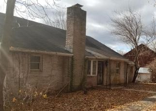 Foreclosed Home in Dillsburg 17019 KRALLTOWN RD - Property ID: 4317422559