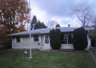 Foreclosed Home in Racine 53402 INDIAN TRL - Property ID: 4317441839