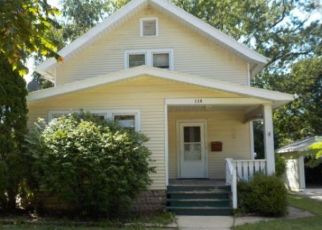 Foreclosed Home in Waukesha 53186 COLUMBIA AVE - Property ID: 4317442260