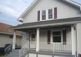 Foreclosed Home in Kenosha 53143 16TH AVE - Property ID: 4317443134