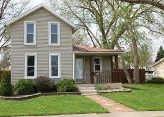Foreclosed Home in Flat Rock 48134 YPSILANTI ST - Property ID: 4317514982