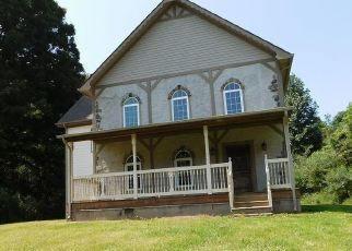Foreclosed Home in Abingdon 24210 FALL HILL RD - Property ID: 4317620974