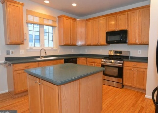 Foreclosed Home in Lorton 22079 DERWENT VALLEY CT - Property ID: 4317632340