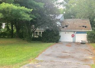 Foreclosed Home in Ballston Lake 12019 APPLEWOOD DR - Property ID: 4317642869
