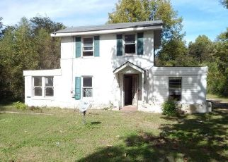 Foreclosed Home in Memphis 38128 JAMES RD - Property ID: 4317709876