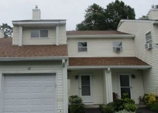 Foreclosed Home in Manorville 11949 AVA CT - Property ID: 4317786517