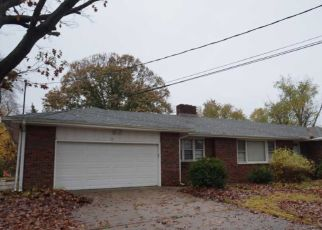 Foreclosed Home in Wenonah 08090 URIAN AVE - Property ID: 4318073383