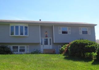 Foreclosed Home in Middletown 10941 PEACE DR - Property ID: 4318200395