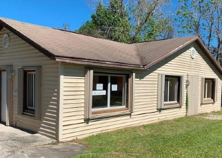 Foreclosed Home in Orlando 32828 OREGON AVE - Property ID: 4318216603