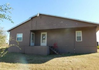Foreclosed Home in Mustang 73064 N CAROL TER - Property ID: 4318247707