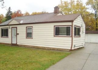 Foreclosed Home in Bedford 44146 W GLENDALE ST - Property ID: 4318274414
