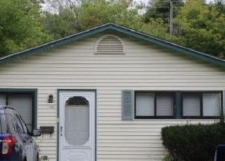 Foreclosed Home in Pontiac 48342 EMERSON AVE - Property ID: 4318351497