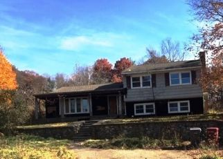 Foreclosed Home in Naugatuck 06770 E WATERBURY RD - Property ID: 4318408886