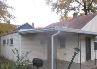 Foreclosed Home in Kansas City 64132 AGNES AVE - Property ID: 4318573106