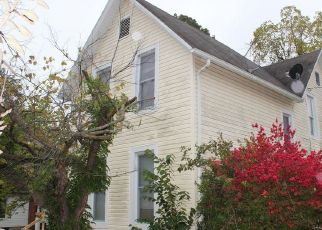 Foreclosed Home in Lebanon 65536 N MADISON AVE - Property ID: 4318574427