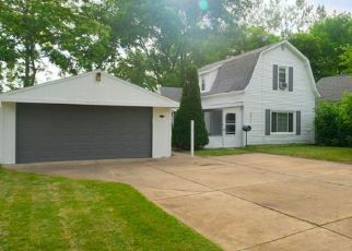 Foreclosed Home in Utica 48317 BROWNELL ST - Property ID: 4318942321