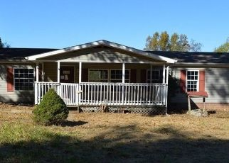 Foreclosed Home in Scottsville 42164 OAKLEY WEAVER RD - Property ID: 4319110508