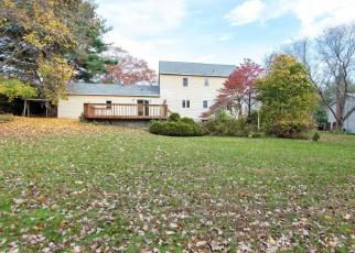 Foreclosed Home in Southington 06489 SCARANO RD - Property ID: 4319242336