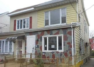 Foreclosed Home in Brooklyn 11236 E 87TH ST - Property ID: 4319378999