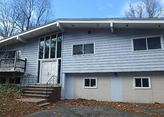 Foreclosed Home in Orange 06477 CRANBERRY LN - Property ID: 4319427156