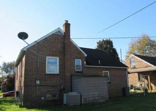 Foreclosed Home in York 17404 CONEWAGO AVE - Property ID: 4319577382