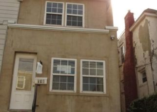 Foreclosed Home in Lansdowne 19050 PARK PL - Property ID: 4319578258