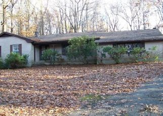 Foreclosed Home in Long Valley 07853 PLEASANT GROVE RD - Property ID: 4319673750