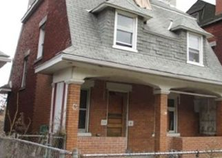 Foreclosed Home in Pittsburgh 15210 MOORE AVE - Property ID: 4319708339
